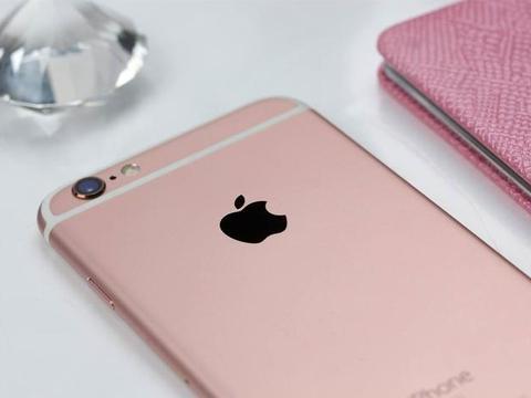 库克刚刚宣布!这款iPhone维修免费,又能再战3年了