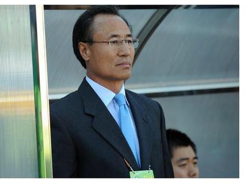 """大连足球第一位韩国教练,训练太苦被""""做掉"""",队长欠他一个道歉"""