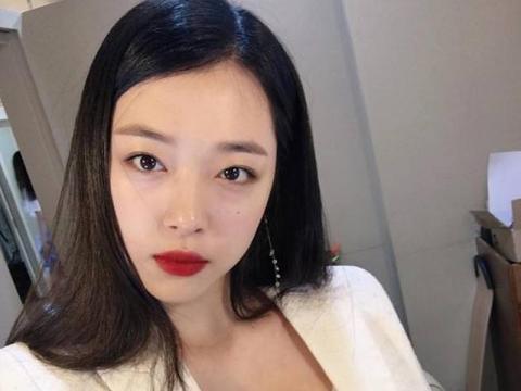"""感人!韩国网友发起""""清除雪莉恶评""""活动,""""雪莉我爱你""""成主流"""