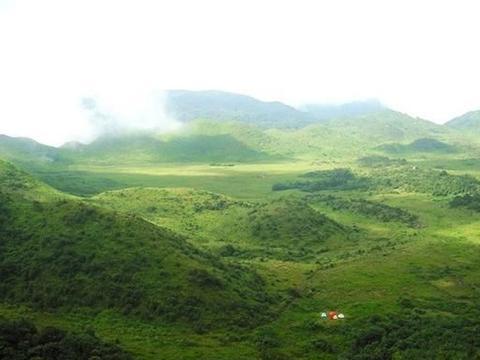 广西贺州金鸡坪 罕见的高山草原