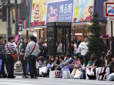 直击:日本人如何看待中国游客?偏见还是事实?