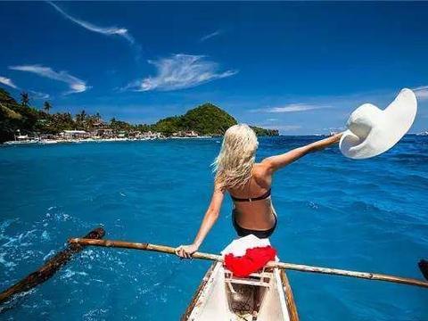 来菲律宾旅游,发现200一斤的船蛆竟有人吃,比手臂还粗壮!