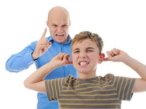 还在用父母管你的方法教育孩子?这五种错误经验,不能再用了