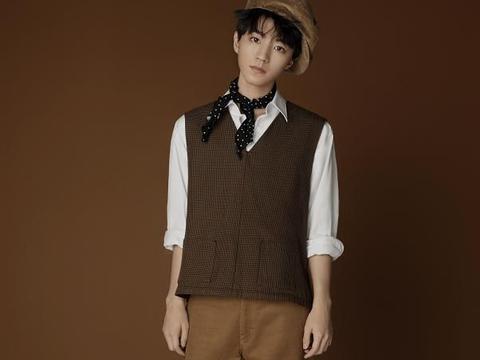 有种长大叫20岁王俊凯,五分裤已不是成熟的标志