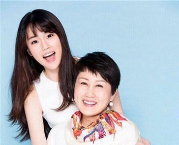 闫妮、张凯丽都没能把女儿捧红,只有他女儿没捧反而红了