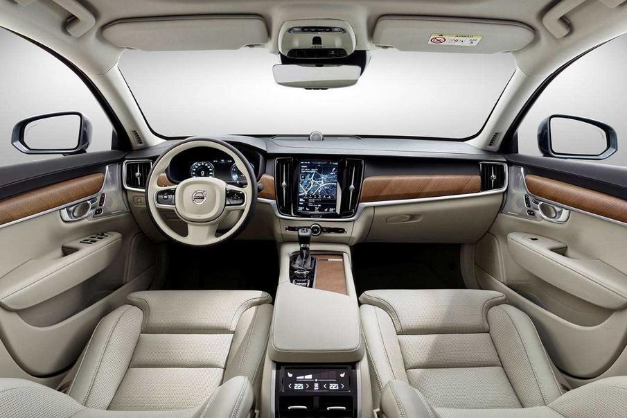 最高优惠8万,裸车不到30万!这三款高性价比豪车,你也买得起!