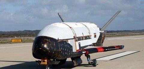 """一小时打遍全球! 中国""""太空轰炸机""""已首飞成功"""