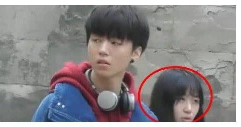 粉丝爆料:王俊凯和女助理谈恋爱是真的假的?