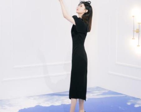 赵丽颖产后频上热搜,黑裙搭黑色高跟鞋,身材苗条,产后恢复如初