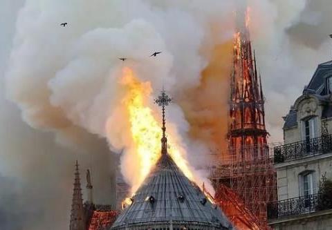 巴黎圣母院失火将拍成剧集:灵感来源《切尔诺贝利》