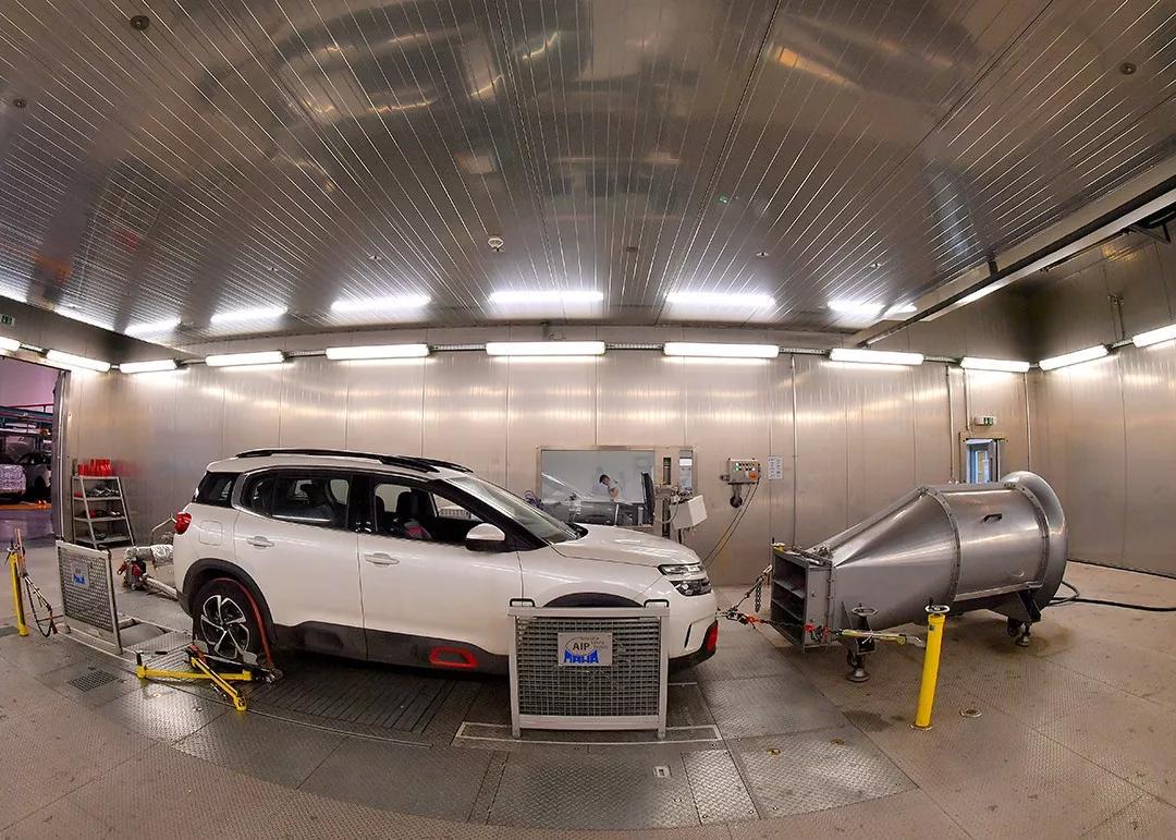 一辆城市SUV要开15年该咋选?探完神龙实验室波帆有话说
