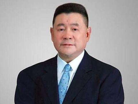 香港富豪刘銮雄被曝病危入院,甘比却晒奢侈品,将带女儿公布遗嘱
