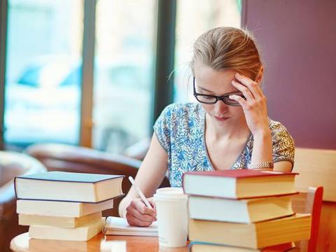 假期拒绝补课,高三毕业生旅游七天:高中生成绩下降,有3个征兆