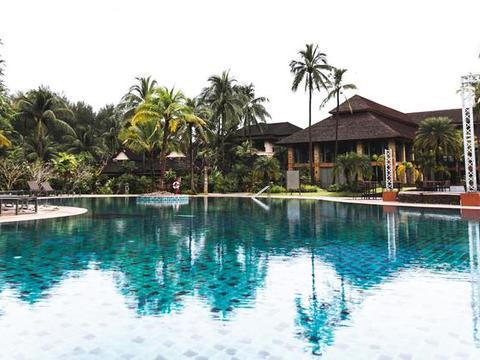 国人少、节假日不拥挤普吉度假村,出门是海滩椰树环绕!享受至极