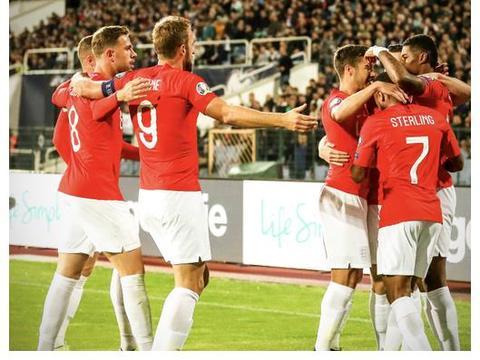 英格兰6-0狂胜保加利亚 凯恩3传1射 拉什福德世界波