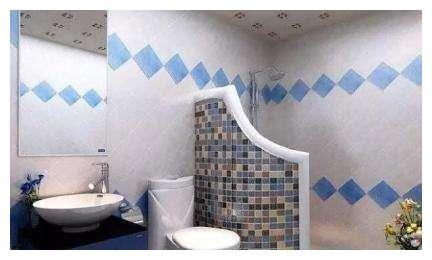 小卫生间不要装玻璃淋浴房了,头次见这种设计,省钱实用又不占地