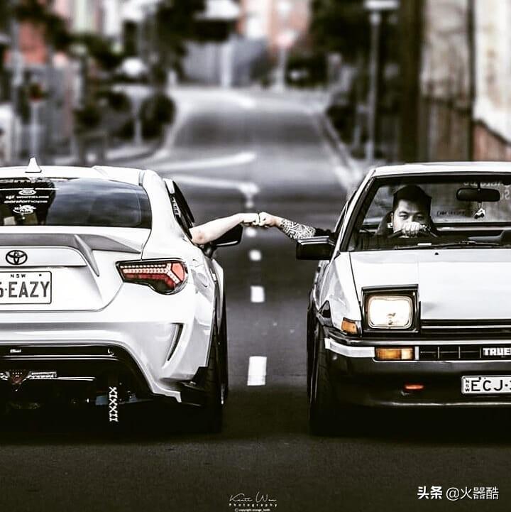 「丰田AE86」豆腐店少年的弯道梦想