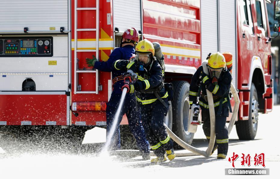 哈尔滨市消防救援支队举行岗位练兵比武竞赛哈尔滨市消防救援支队举行岗位练兵比武竞赛