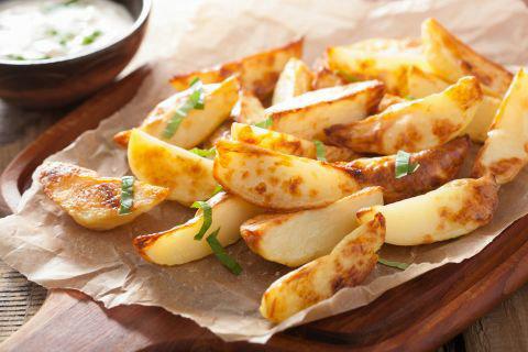 """土豆是一种多用途的""""超级食物"""" 堪称家庭聚餐的完美选择"""