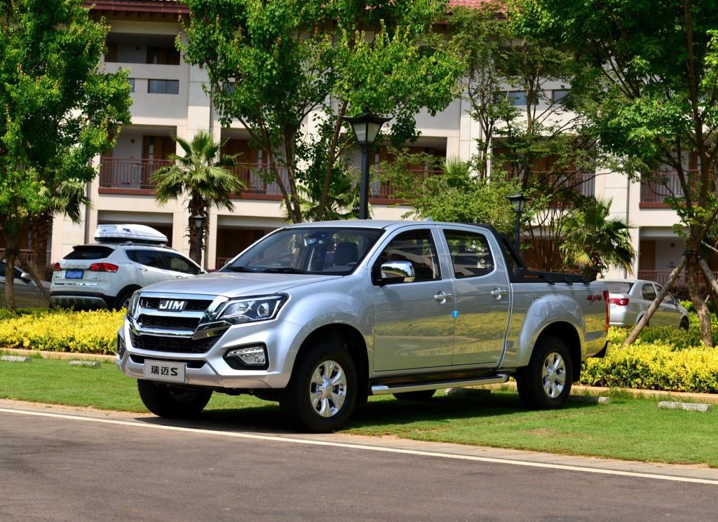 提供两驱四驱可选/预计起售价10万元内 瑞迈S国六版10月18日上市
