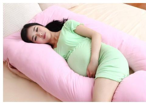 """怀孕后只能""""左侧睡""""吗?孕妇的""""睡姿""""对胎儿的影响大吗?"""