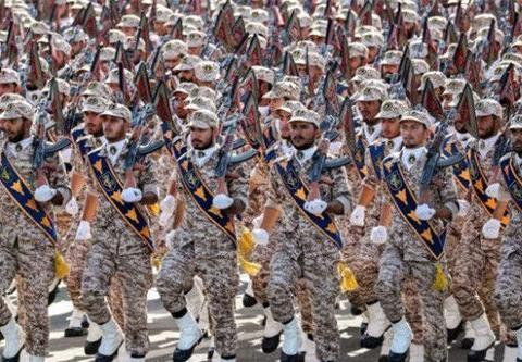 美英两国早已底气不足!伊朗强硬扣押西方油轮