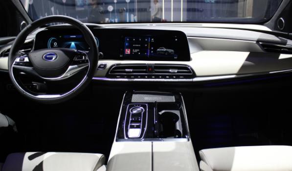 新科技配置爆棚,Aion LX打通智能豪华SUV新玩法