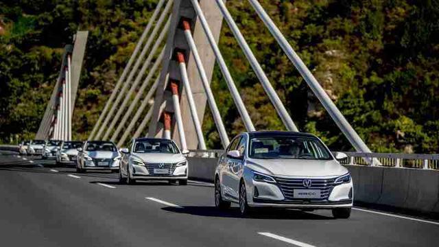 3分钟看车圈:整车质感大幅提升 长安锐程CC正式上市