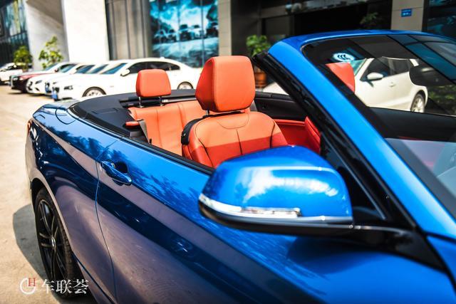 19款宝马2系225i 敞篷尊享型M运动套装蓝外红内实拍