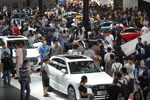 10月份车市或将继续下跌,低端消费群体不买车成主要原因?