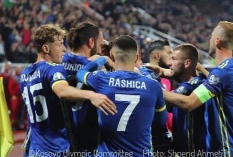 科索沃两年仅输了一场球,有望反超捷克成小组第二,国足应该学习