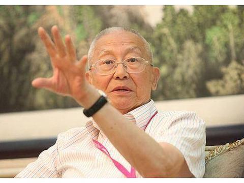 魏纪中首谈杨方旭事件,一针见血指出问题,不愧是前国际排联主席