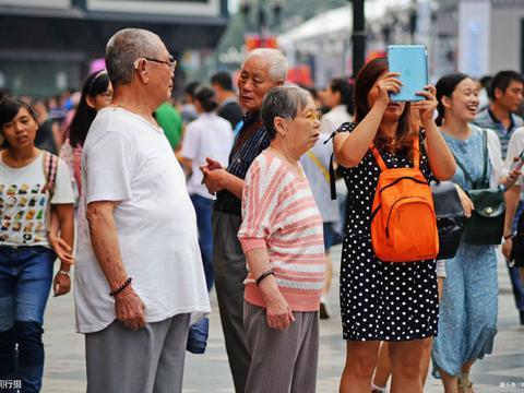 """重庆最重要的地标建筑,不是洪崖洞,而是这座城市""""精神保垒"""""""