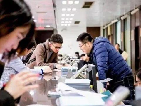 计算机专业的女博士毕业后,进入211大学当讲师,年薪曝光