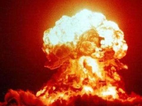 广岛原子弹为什么不在地面引爆而是在高空?
