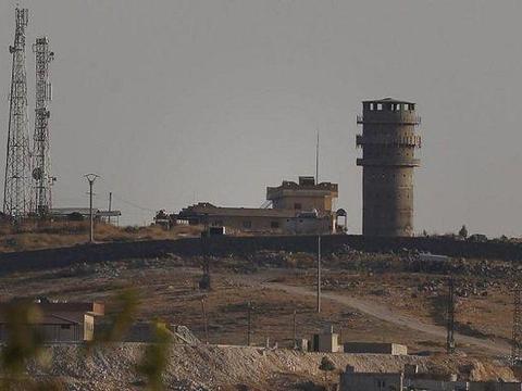 土耳其白忙活一场!美军出动战机摧毁己方据点,叙利亚趁机进驻