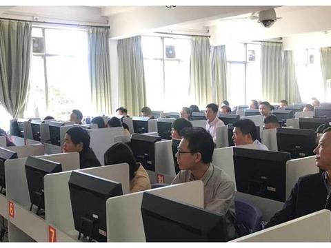 安庆市举办中等职业学校信息管理系统培训