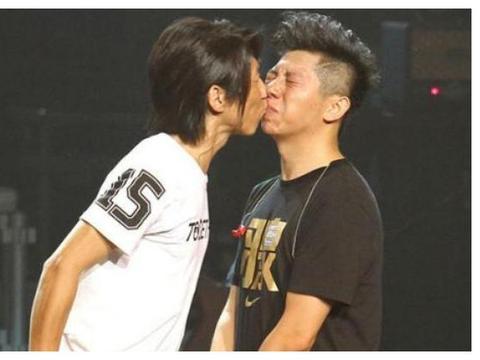 陈羽凡、胡海泉共同出席朋友婚礼,俩人全程无交流,疑似早就反目