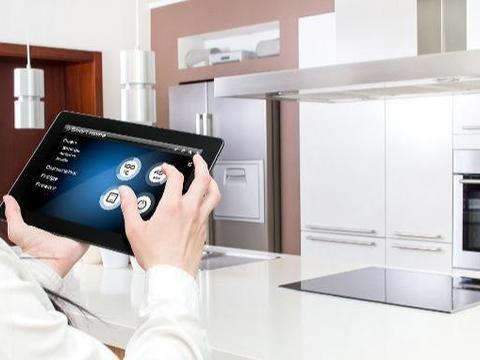 电子连接器的应用赢在物联网和人工智能时代