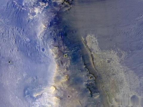 """高度272公里!NASA探测器拍下洞察号在火星""""偷懒""""的照片"""