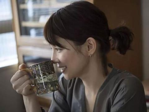 50岁的石田百合子:女人的成功,是活出自己