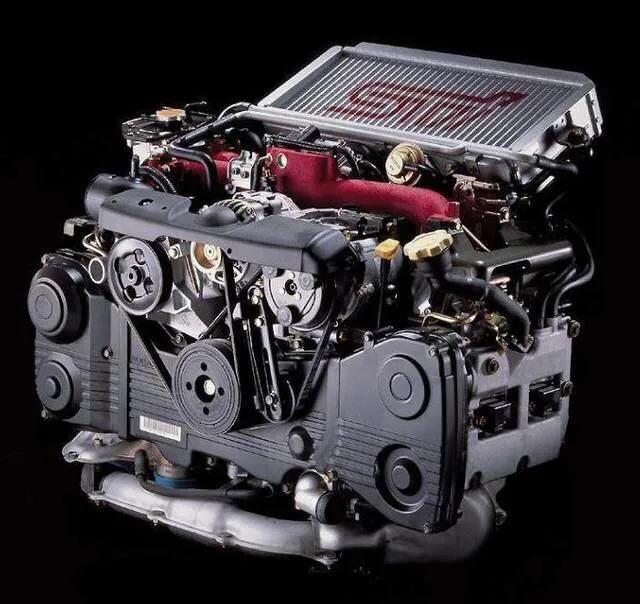 三菱EVO的劲敌,解读一代传奇斯巴鲁EJ207水平对置发动机