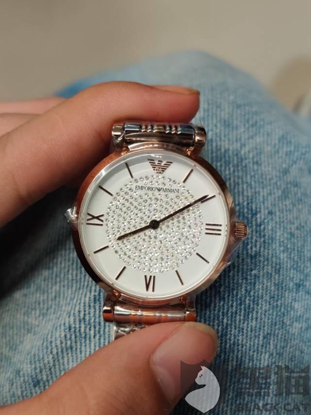 黑猫投诉:贝仓卖的阿玛尼手表残次品还是假货,客服自己都解释不清,一直不正面回答我的问题!