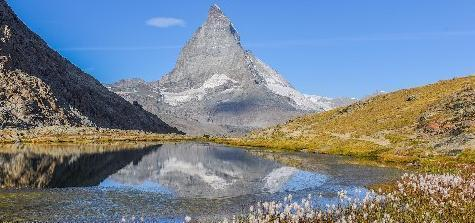"""瑞士最美环保山城,因""""瑞士山王""""成旅游热地,却全面禁止机动车"""