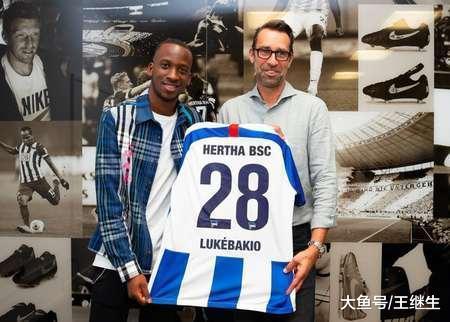 专杀拜仁慕尼黑 身价1800万欧元 这个22岁小将堪称新版卢卡库