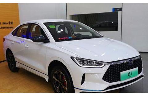 比亚迪最新电动轿车,十万起售颜值不输豪华品牌,遗憾没有燃油版