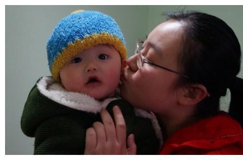 枕秃、出牙晚……都是缺钙?只要宝妈做到这点,宝宝啥都不用补