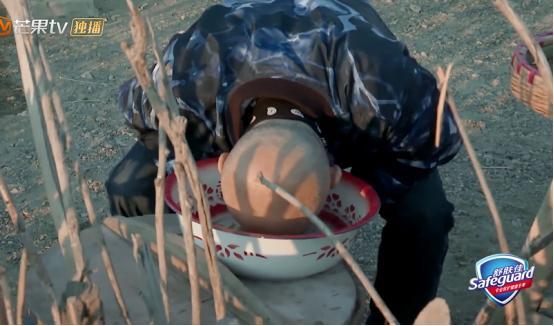 从被宠爱到被吐槽,《一路成年》徐锦江自理能力差,喝水都不会!