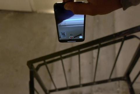 三款手机从20楼扔下去:iPhone11Pro活到最后,诺基亚3310输了