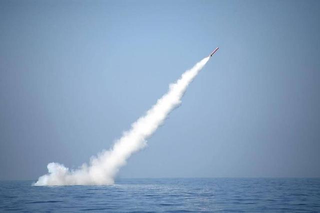 印度步步进逼之下,又有国家帮助巴铁!升级战略潜艇,将配核导弹